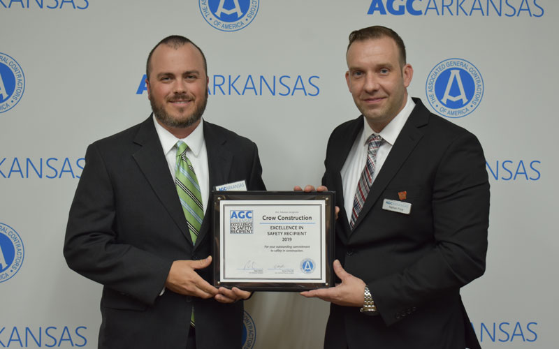 Crow receives AGC Safety Award